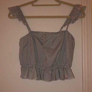 Short going out top